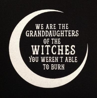 Brûler les sorcières.